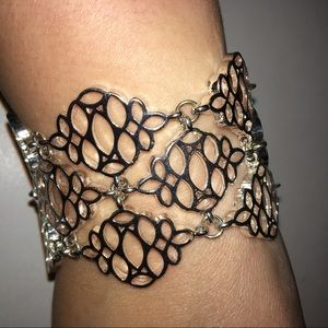4/$25 White House Black Market Silver Bracelet